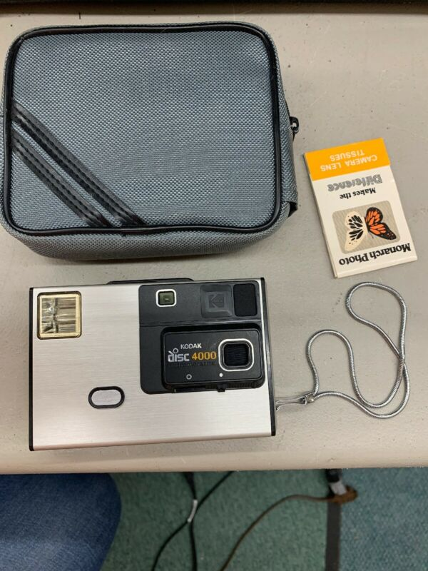 Retro Vintage KODAK Disc 4000 Flash Camera with accessories case, strap tissues