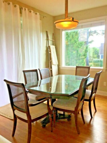 8 piece Ethan Allen Dining set with 2 leaves & removable glass overlay