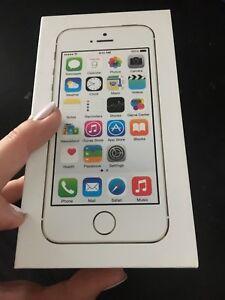 iphone 5s 16G en très bon état !