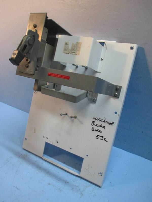 Cutler-Hammer Eaton F10 Unitrol 400 Amp Main Breaker Feeder MCC Bucket 400A C-H