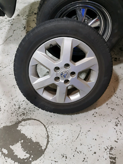 Set of 4 astra g mag wheels and tyres