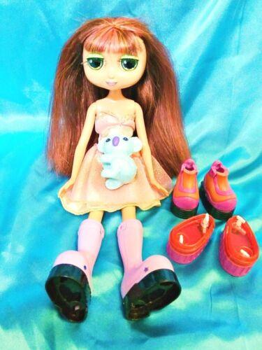 NIKKI - DIVA STARZ - Fully Dressed w/ Extra Shoes & Koala Toy Mattel