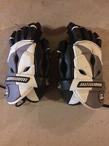 Like New Warrior Lacrosse Gloves