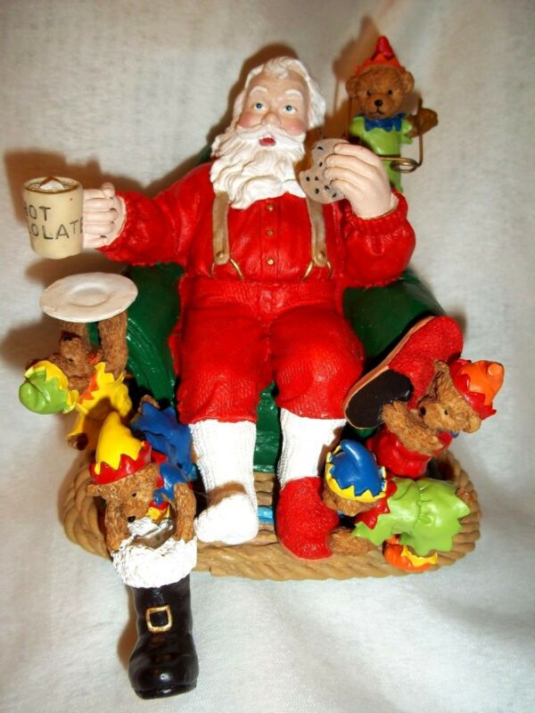 Hand Painted 2 lbs Resin Christmas SANTA CLAUS & BEARS ELVES Stocking Hanger