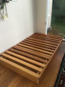 Wooden futon bed base