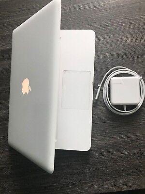 """Apple MacBook A1342 13.3"""" Laptop MC516LL/A. 320GB HDD 16GB RAM. Latest OS 2017!"""
