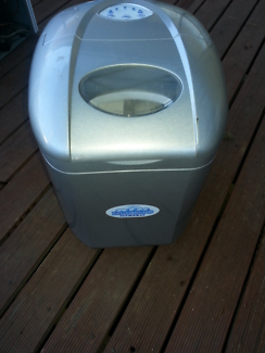 Brand new Sunbeam eskimo ice cube maker