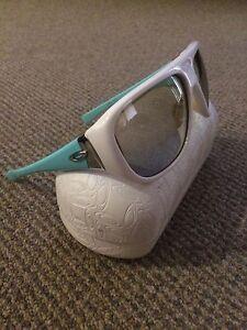 Sunglasses - Oakleys Ascot Park Marion Area Preview