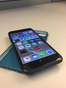 iPhone 7-32GB - Excellent condition. Downtown