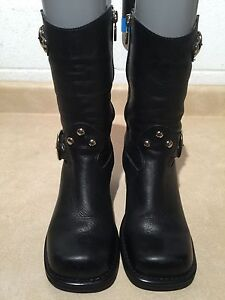 Women's Harley Davidson Leather Boots Size 6.5 London Ontario image 4