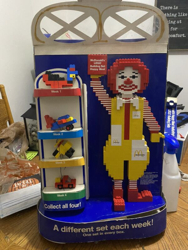 LEGO COLLECTIBLE RONALD MCDONALD STORE DISPLAY FIGURE W Box And LEGO Sets