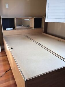 Wooden bed set for sale, double!