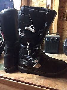 Answer Motorcycle Boots