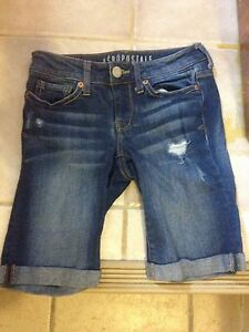 Girl short jeans Kitchener / Waterloo Kitchener Area image 1