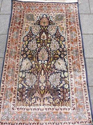 Beautiful Old Fine Oriental Carpet___Cashmere Silk __ 125cm x 75cm __ Wall