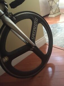 Specialized Carbon Trispoke front wheel