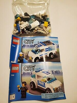 Lego 7498 2 City Police Patrol Cars w/ Instructions