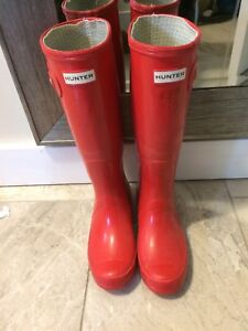 Women's tall size 38 red hunter boots- 75$
