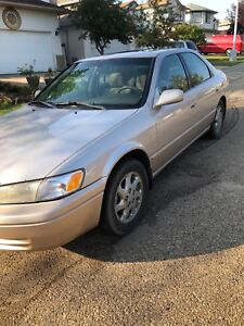 TOYOTA CAMRY V6 OPEN TO OFFERS