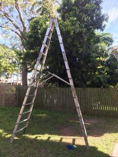 HUGE 4.2m (14ft) aluminium ladder