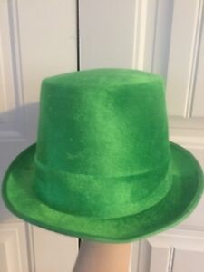 Green st Patrick's day top hat