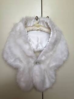 FAUX FUR STOLE - SUITABLE FOR BRIDAL OR FORMAL WEAR Turner North Canberra Preview