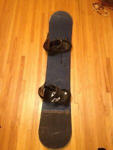Awesome Snowboard and bindings