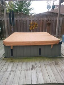 """72""""  (6' ) Hot Tub cover"""
