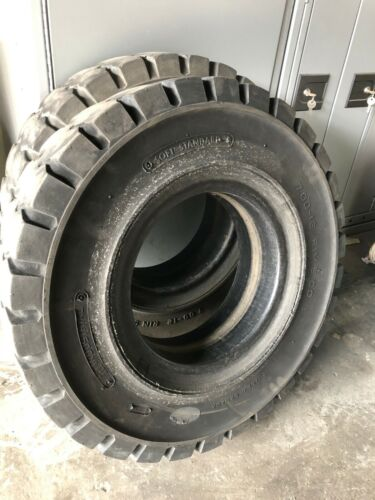"""7.00X12 5"""" 700X12 USED FORKLIFT SOLID TIRE 7.00-12 700-12 70012 ITL 