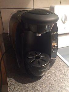 Machine à café Tassimo 30$