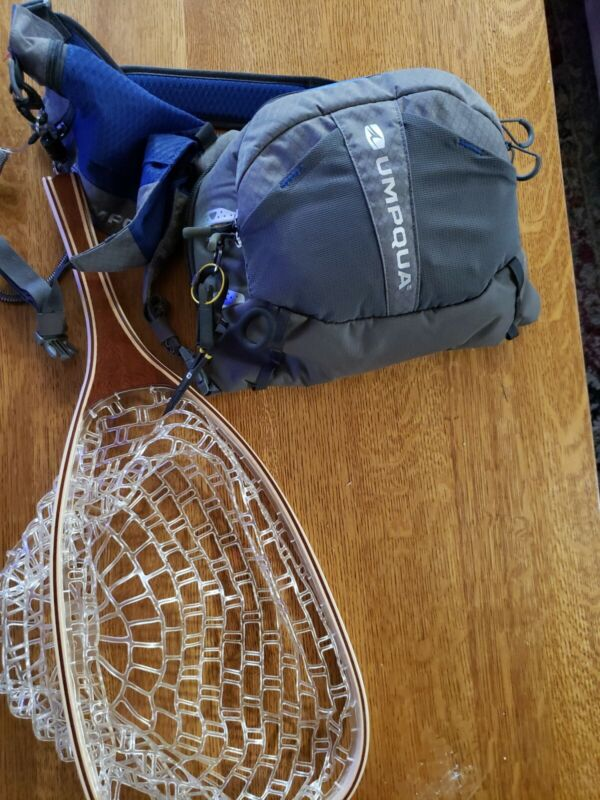 Umpqua Overlook 500 ZS2 Chest/Pack Kit - Blue with Net and acc  Fly Fishing Vest