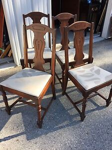 Vintage chair kijiji free classifieds in london find a for Furniture jobs london