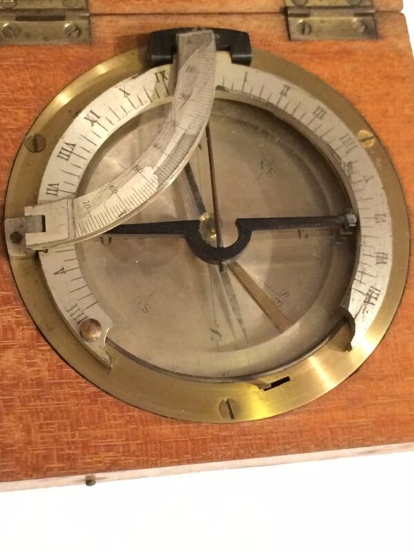 Antique Portable Campaign Equinoctial Compass Sundial in Wooden Box