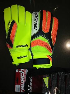 Soccer Goalie Keeper Gloves- two pair