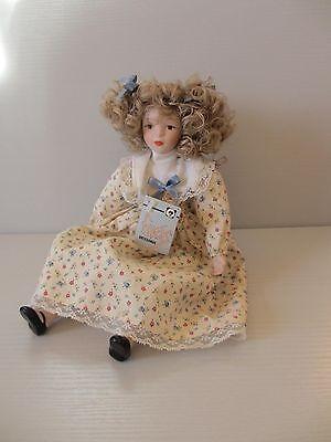 Kleine zierliche 28cm Porzellanpuppe Kantenhocker, Artesanos Fanas Spanish Doll