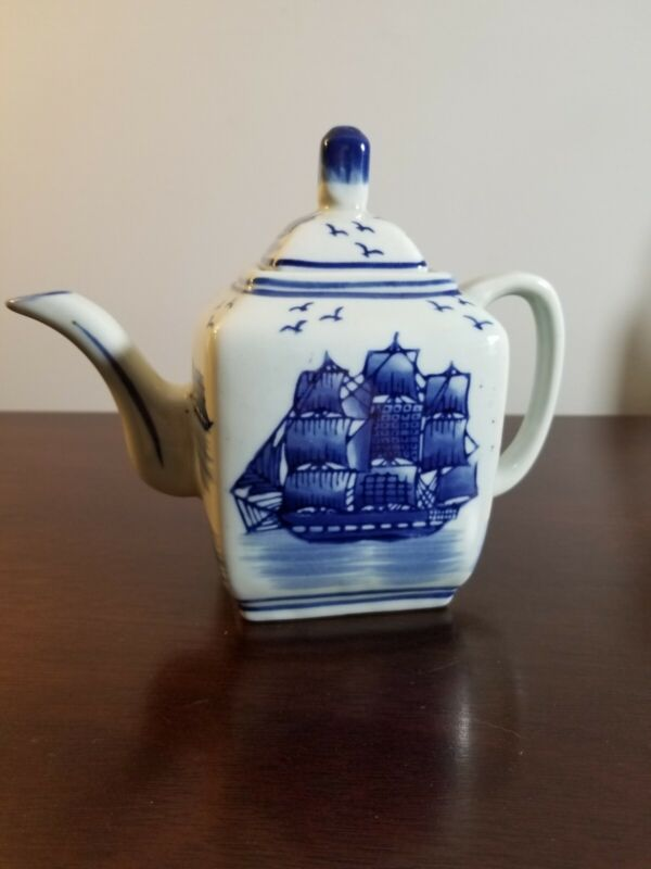 Vintage Blue And White Porcelain Nantucket Teapot Made In China