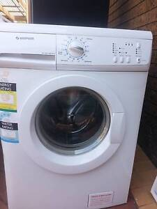 Simpson SWF8556 Front Load Washer, 5.5kg, in good condition Wantirna South Knox Area Preview