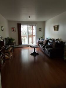 Quiet 2 BEDROOM UNIT - HEAT AND HOT WATER INCL!!!