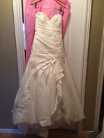 Maggie Sattero wedding dress