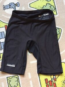 Surf pants size M