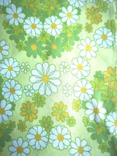 Original Stoff Vintage 70er Jahre Retro , Bluemchen Muster, 140 x 190 cm