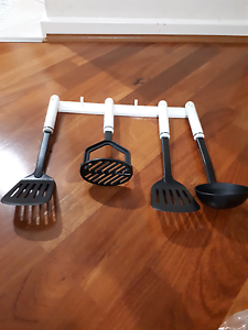 Brand New 4piece Spoon Set With Stand Bassendean Bassendean Area Preview