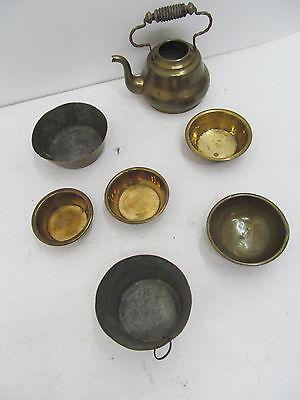 MES-43024Alte Blech Gefäße,Waageschalen H: Wasserkessel ca.7cm,