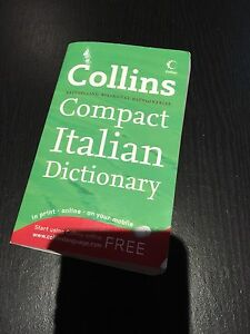Italian Dictionery Meadow Heights Hume Area Preview