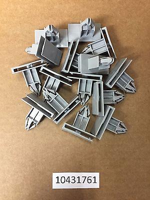 Set of 15 GM Rocker Panel Moulding Nylon Retaining Clips 10431761 USA Seller