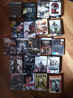 Box of 21 PC videogames inc Witcher 2, Fallout NV, COD4, Oblivion