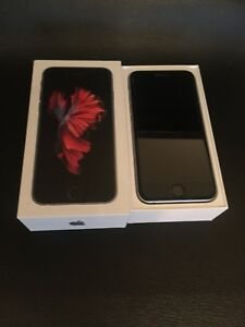 Mint condition iPhone 6s 16gb locked to Rogers