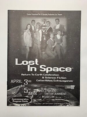 Lost in Space 1998 Return To Earth Celebration Booklet Mint