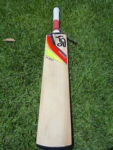 Kookaburra Menace 900 Size 5 English willow Cricket bat - Junior Claremont Nedlands Area Preview
