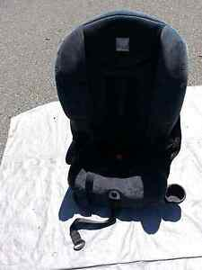 Childs booster car seat safe-n-sound Craigie Joondalup Area Preview